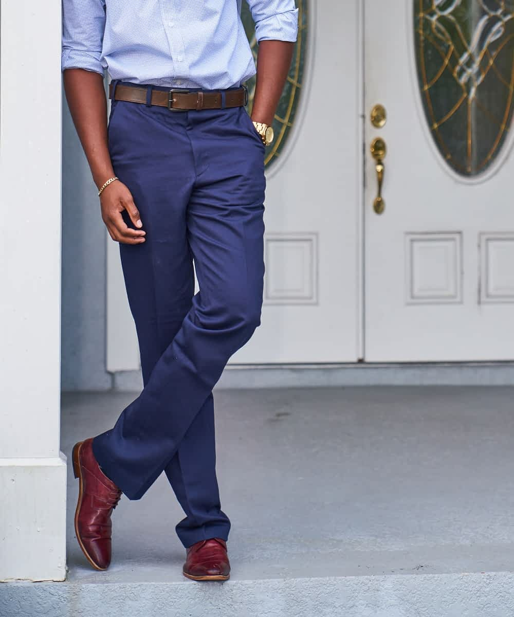 Short Men's Navy Twill Chino Product Image