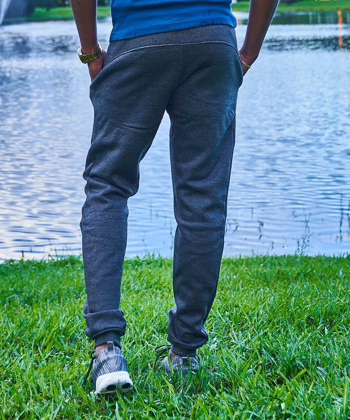 short men's product photo rear pocket fleece jogger pant